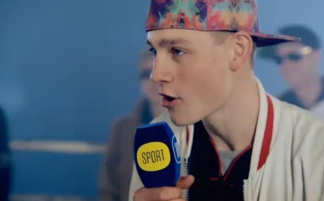 Mathieu van der Poel - world champion rapper (Source - Vier video still)