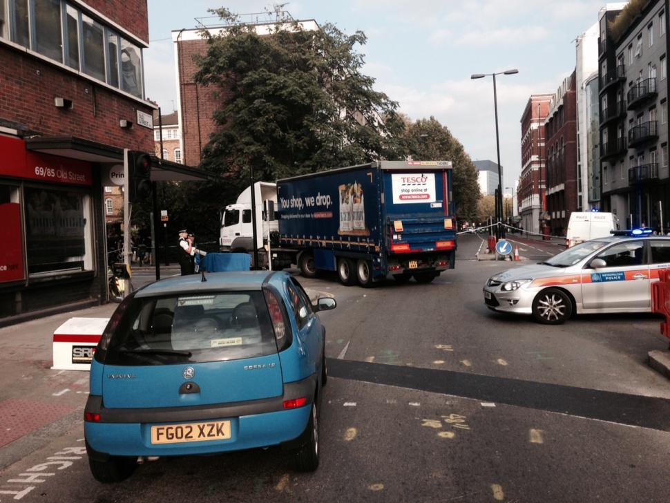 Old Street HGV and cyclist collision (copyright Simon MacMichael)