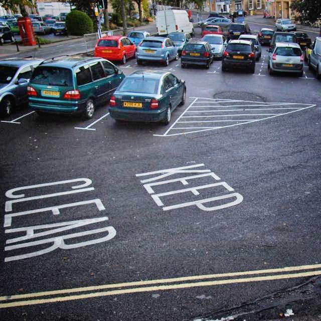 Parking © Simon MacMichael_