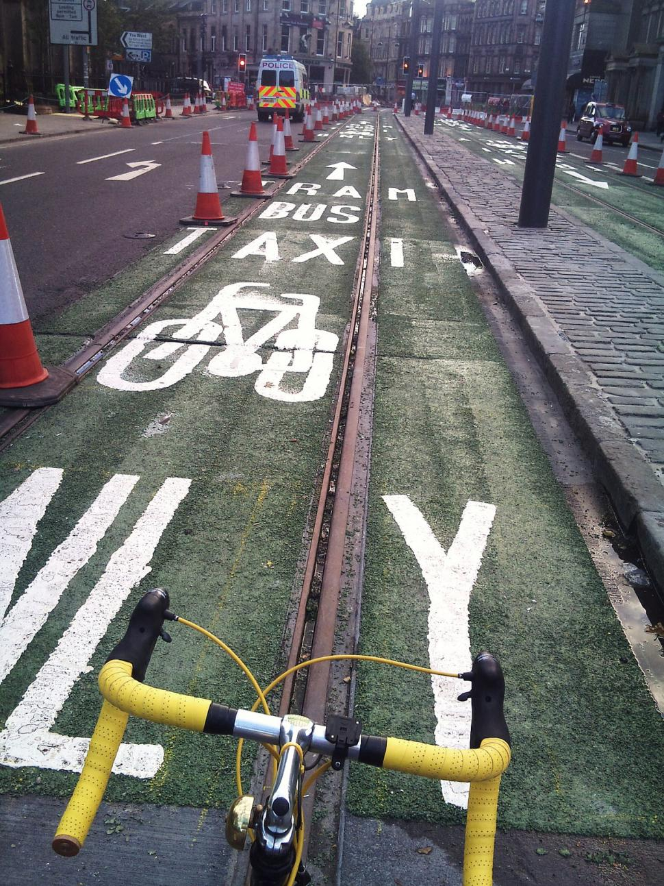 Princes Street cycle lane picture credit - Magnificent Octopus Flickr_Creative Commons
