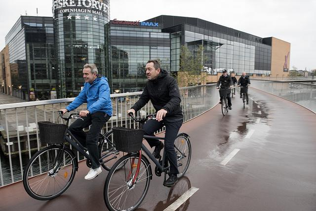 Robert Goodwill (L) and Chris Boardman (R) in Copehagen (copyright Britishcycling.org.uk)