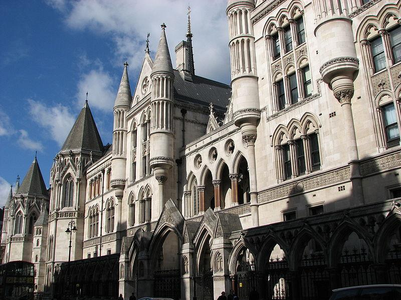 Royal Courts of Justice, London (picture bortescristian, Wikimedia Commons)