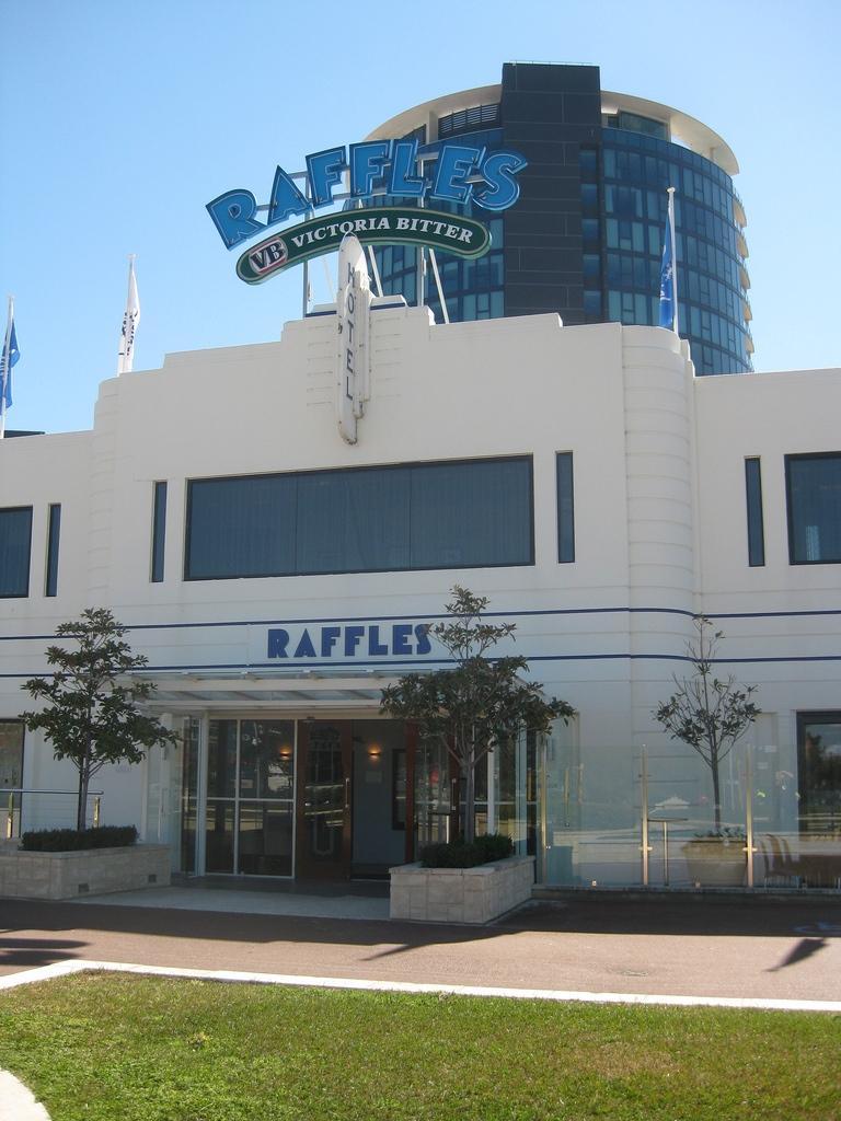 The Raffles Hotel, Perth (CC licensed by Purple Wyrm via Flickr)