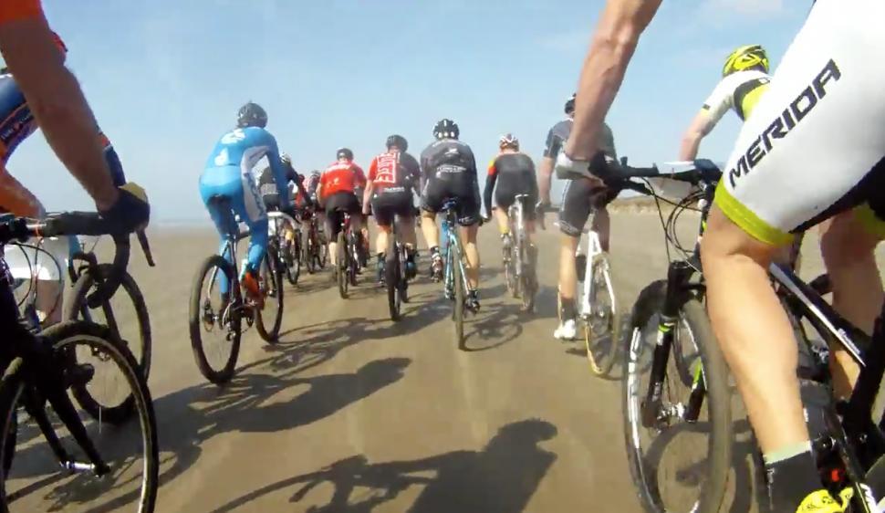 David Arthur  davearthur  Video  Racing the howies Battle on the ... edacacef2