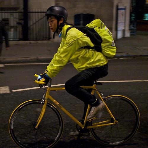 Ireland s transport minister backs compulsory hi-visibility gear for  cyclists 10d40263b