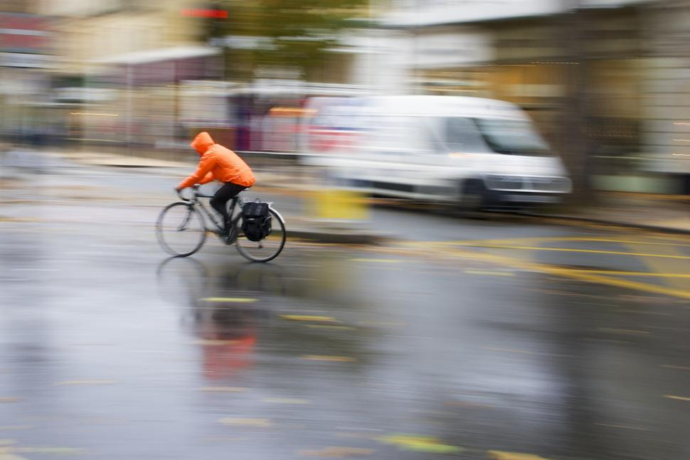 wet weather cyclist (copyright Jamie In Bytown)