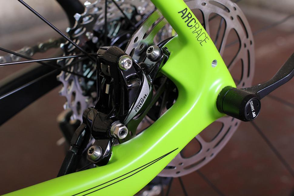 Norco Threshold C Rival 1 - disc brake