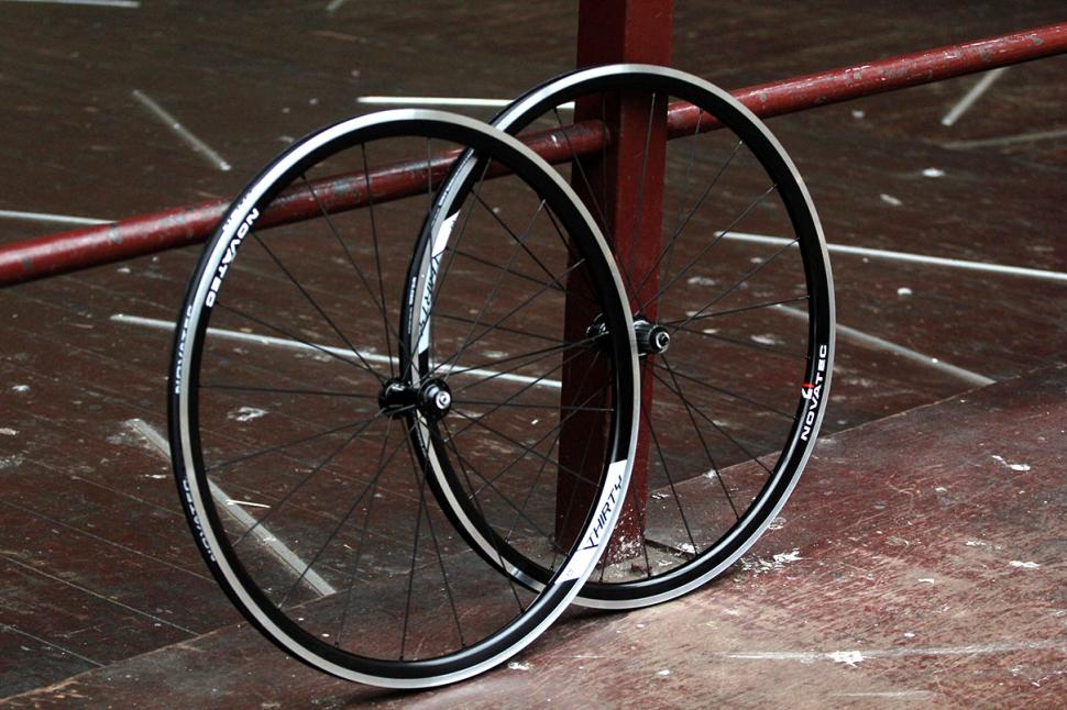 Novatec 30 Alu Clincher wheelset - Main