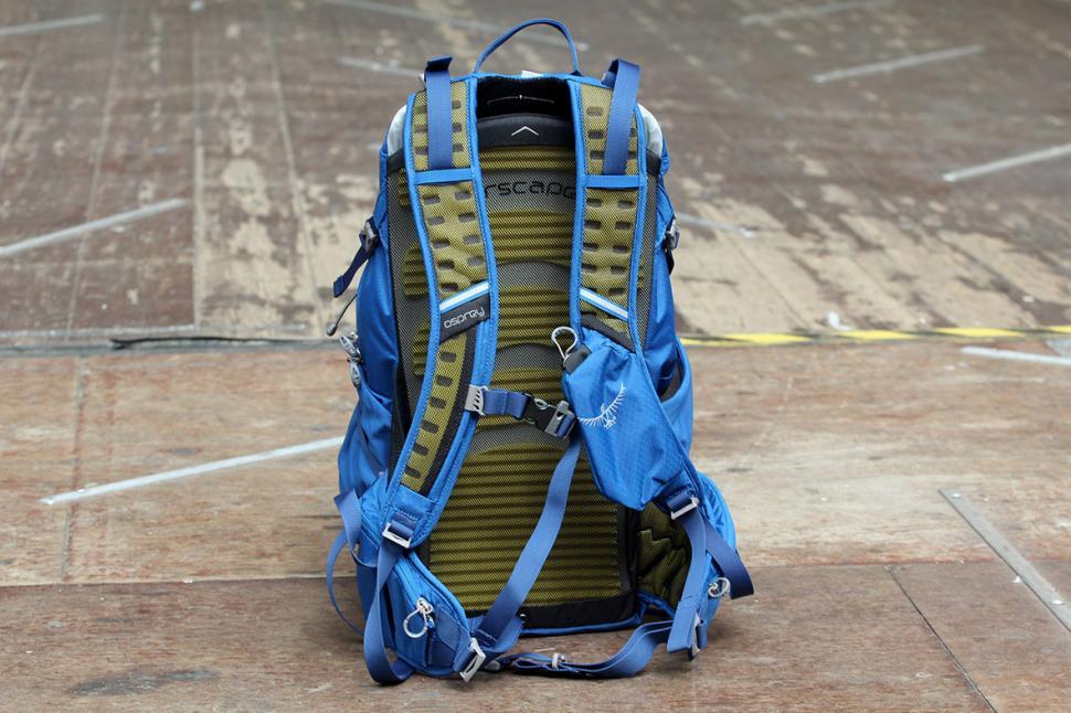 Osprey Escapist 32 Back Pack - straps
