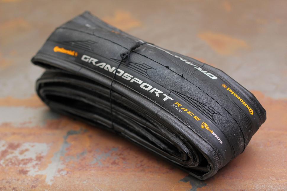 Continental Grand Sport Race NyTech Breaker 700x25 Black Folding Bead Road Bike