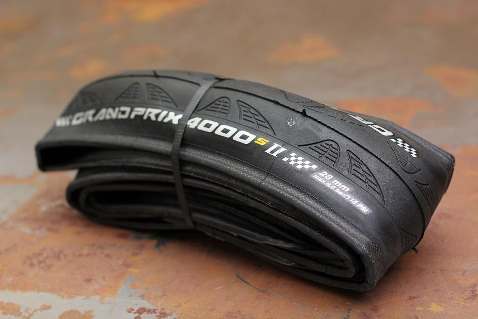 NEW IN BOX Continental Grand Prix GP 4000s II NEW 700 x 23c Road Bike Race Tires