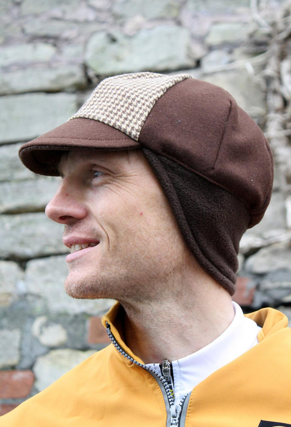 Review  Rothera Cycling Houndstooth winter cap  8f0838c156b