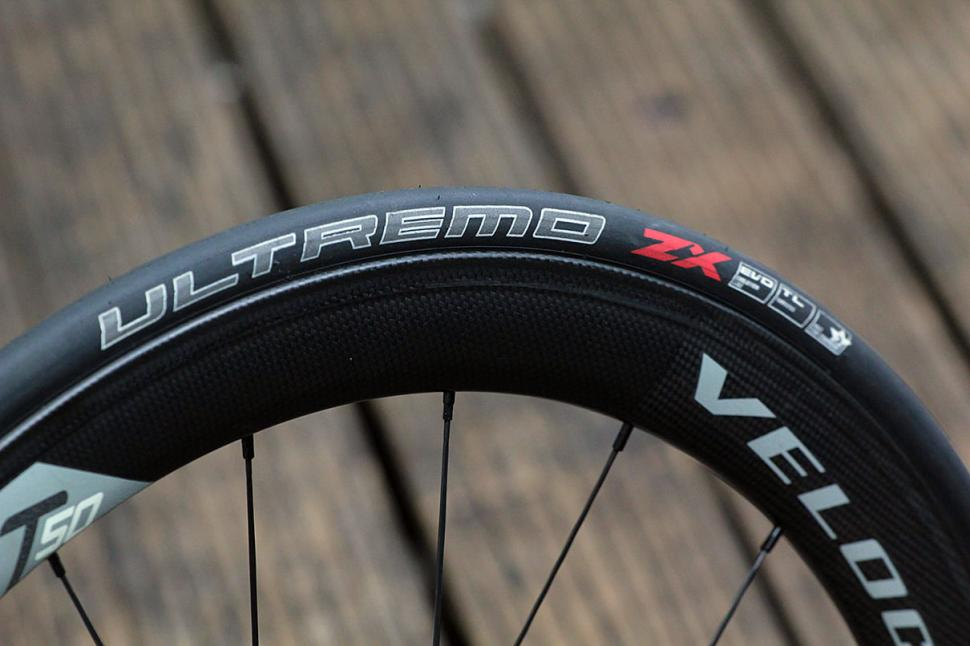 Schwalbe Ultremo ZX tubeless kit - 1
