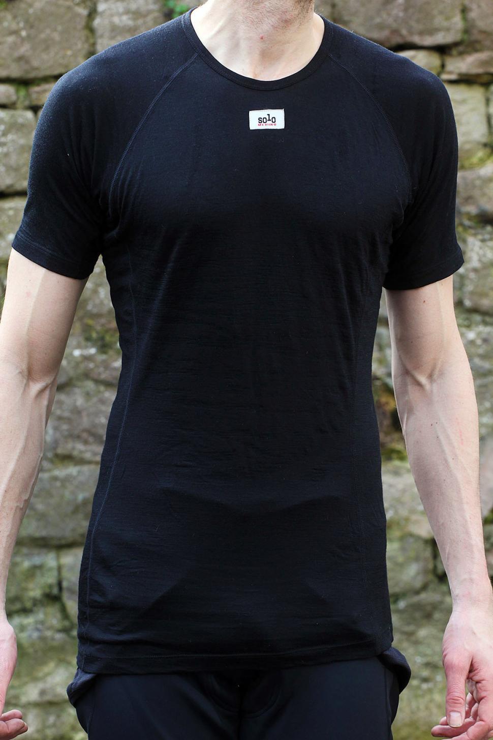 Solo Merino short sleeve base layer