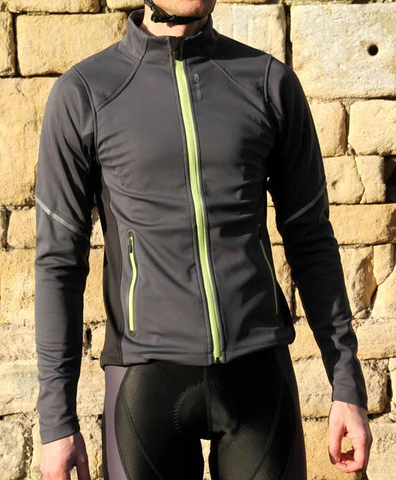 b0e7a03f3 Review: Sugoi Firewall 220 Zip jacket | road.cc