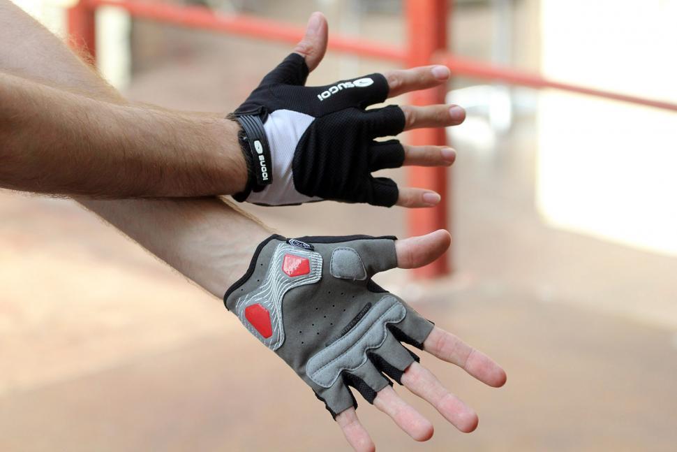 Sugoi Mens Formula FX Full Gloves