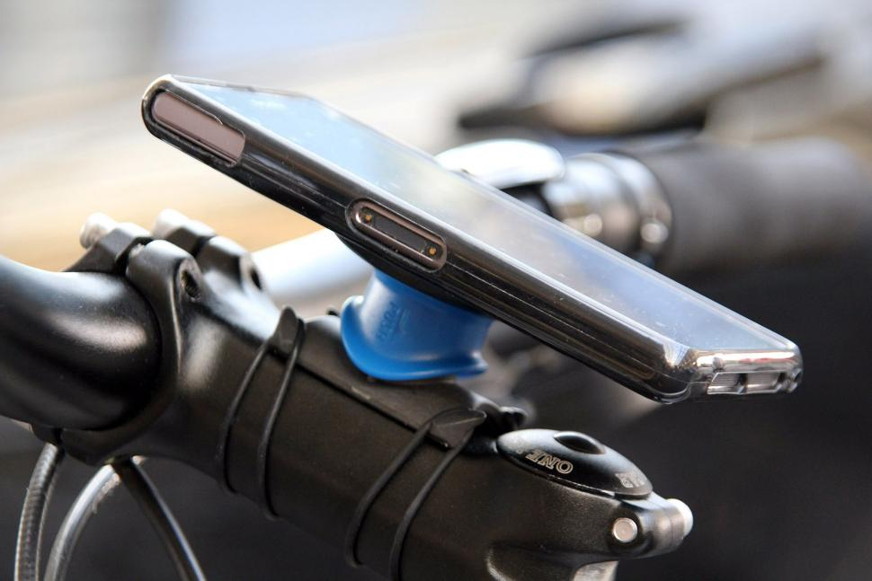 381edc8c5a290d Review: Quad Lock Universal Bike Kit | road.cc
