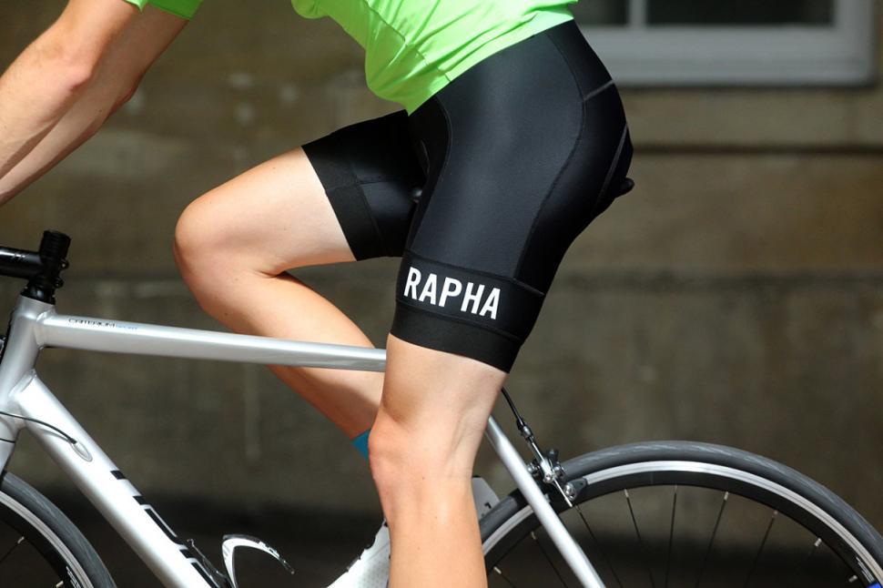 2a621493a Review  Rapha Pro Team Lightweight Bib Shorts