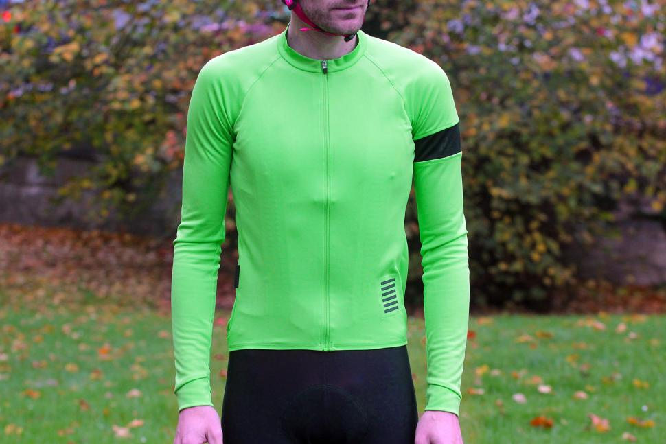 d2a01f955 Review  Rapha Long Sleeve Pro Team Jersey