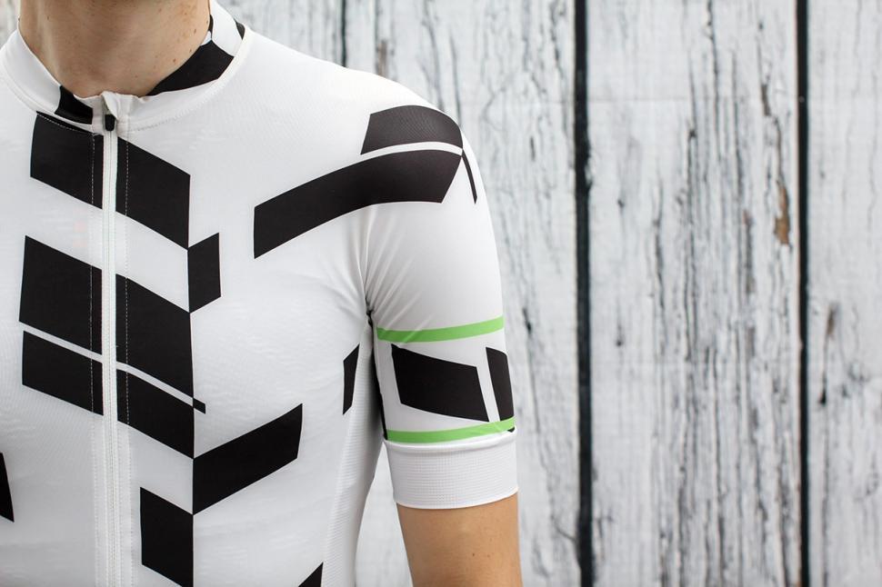 Rapha Pro Team Aerosuit - sleeve