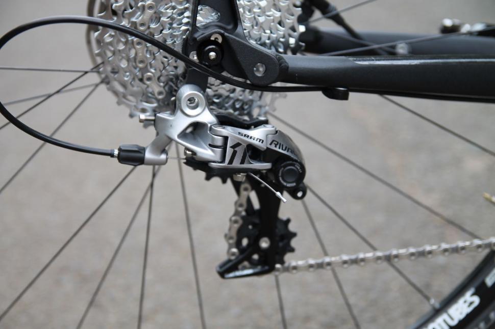 ALL NEW SRAM Rival1 Type 3 Rear Derailleur Road Bike 11-Speed Medium Cage