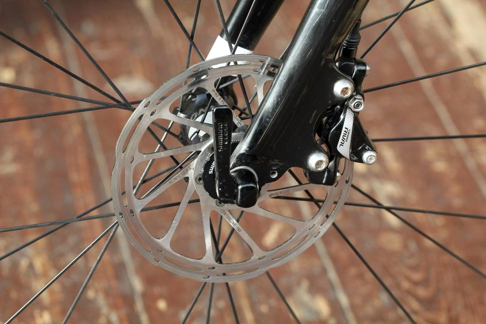 SRAM Rival 22 Hydro groupset - disc brake on bike