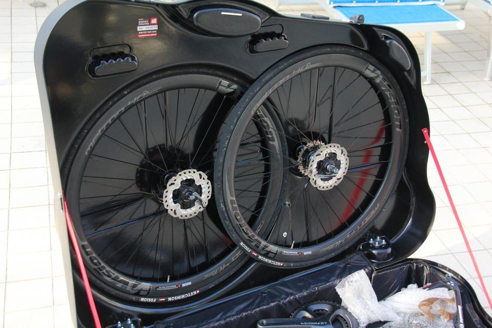 Scicon Aerotech Evolution bike hard case - wheels