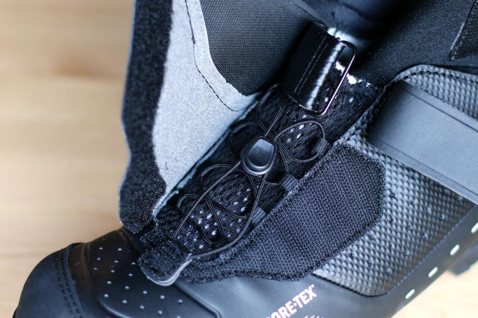 Shimano MW7 winter boots - laces