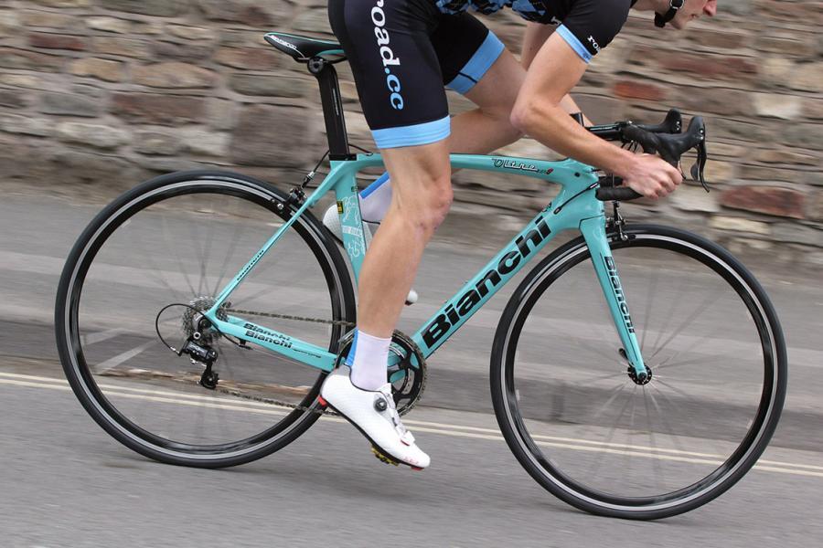 Bianchi Oltre XR1 Veloce - riding 1