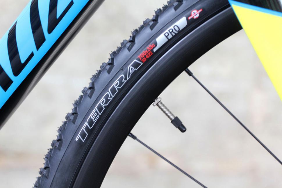 Specialized Crux Elite X1- tyre