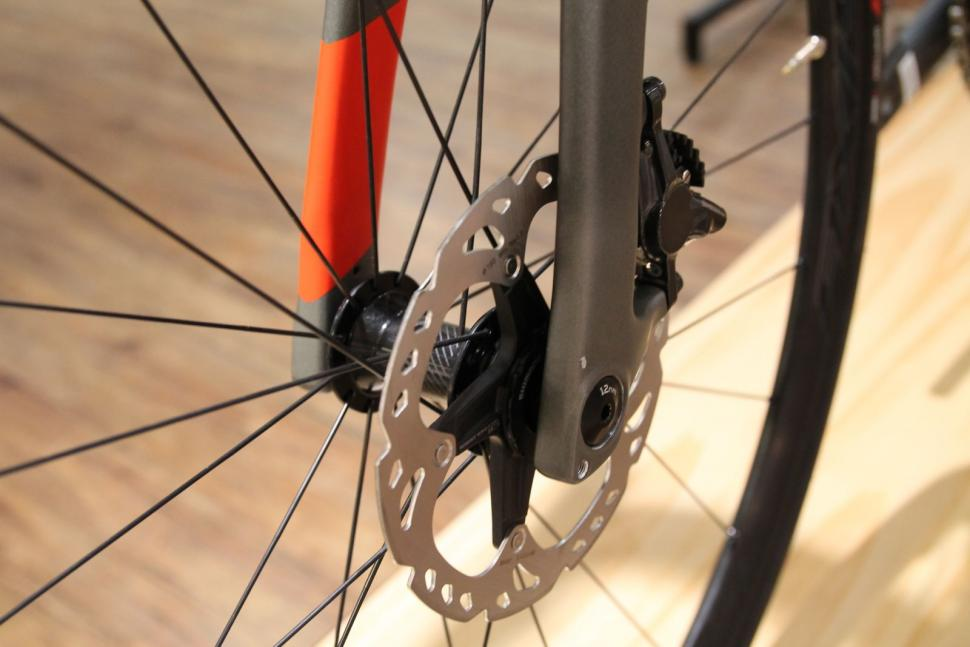 Specialized Diverge Expert Carbon10