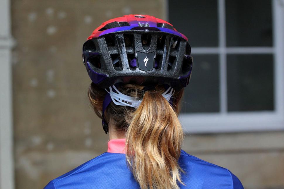 8de984f99b5 Review: Specialized Women's Propero II helmet | road.cc