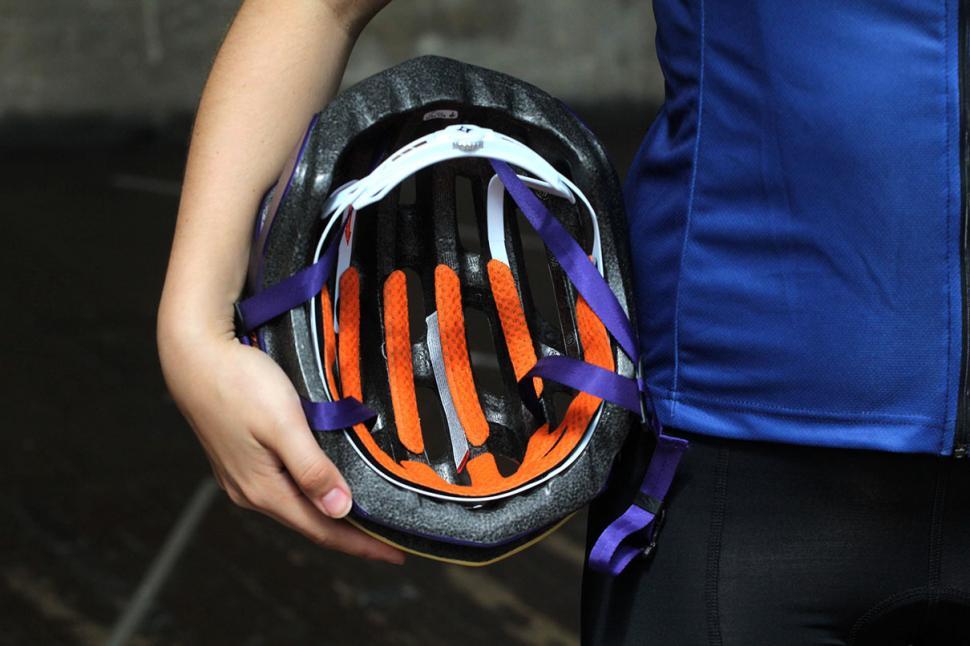 Specialized Propero 2 helmet - inside