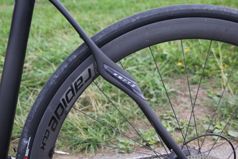 Specialized Roubaix Tarmac SL4 Disc 19