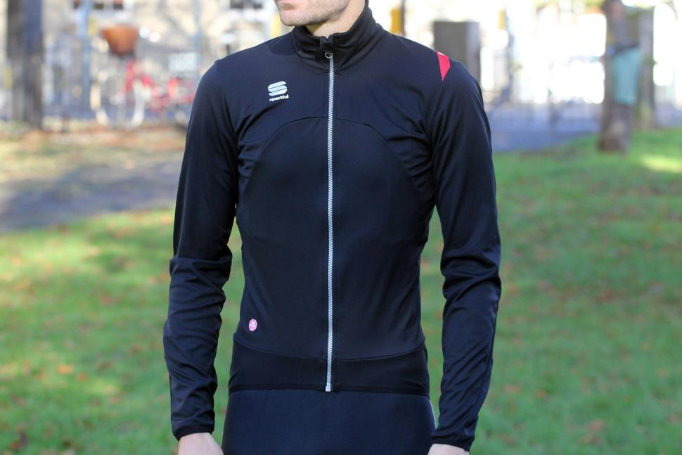 aedc8e89 Review: Sportful Fiandre Light WS Jacket | road.cc