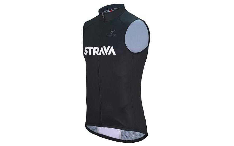 Strava launches cycle clothing range  758a72ef2