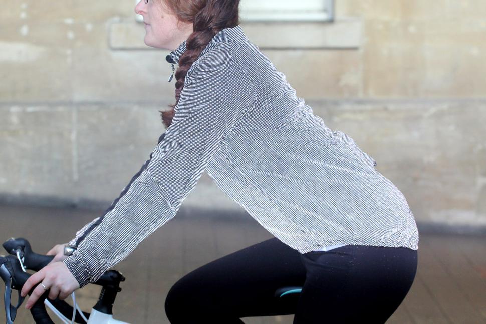 Sugoi Zap Bike Jacket Womens - riding reflective