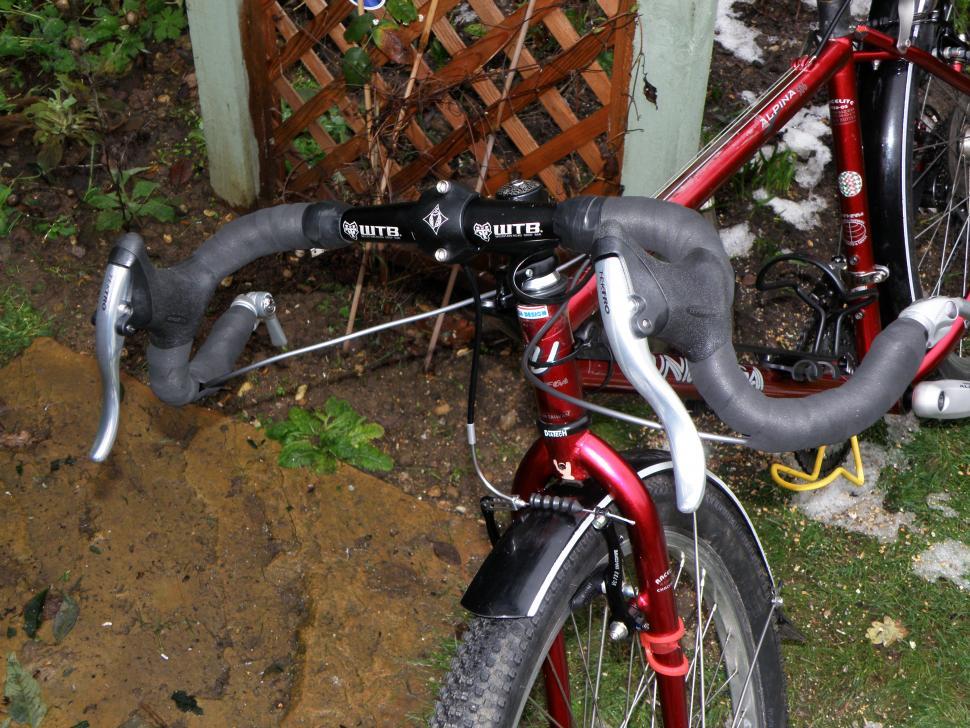 Tektro RL520 Road Bike Bicycle Drop Bar Brake Levers Set