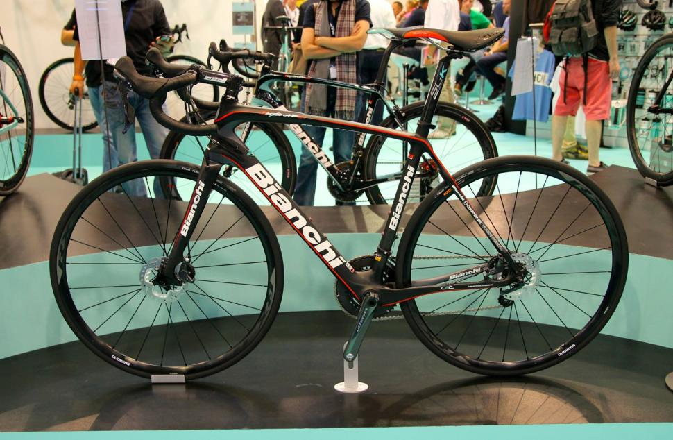 the cycle show 2014 preview part 2  colnago  pinarello