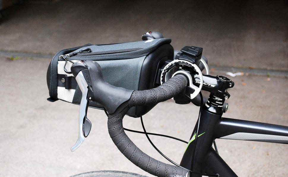 Thule Pack N Pedal Handlebar Bag Mounted On Bike Side Jpg Itok Xgxptc9u