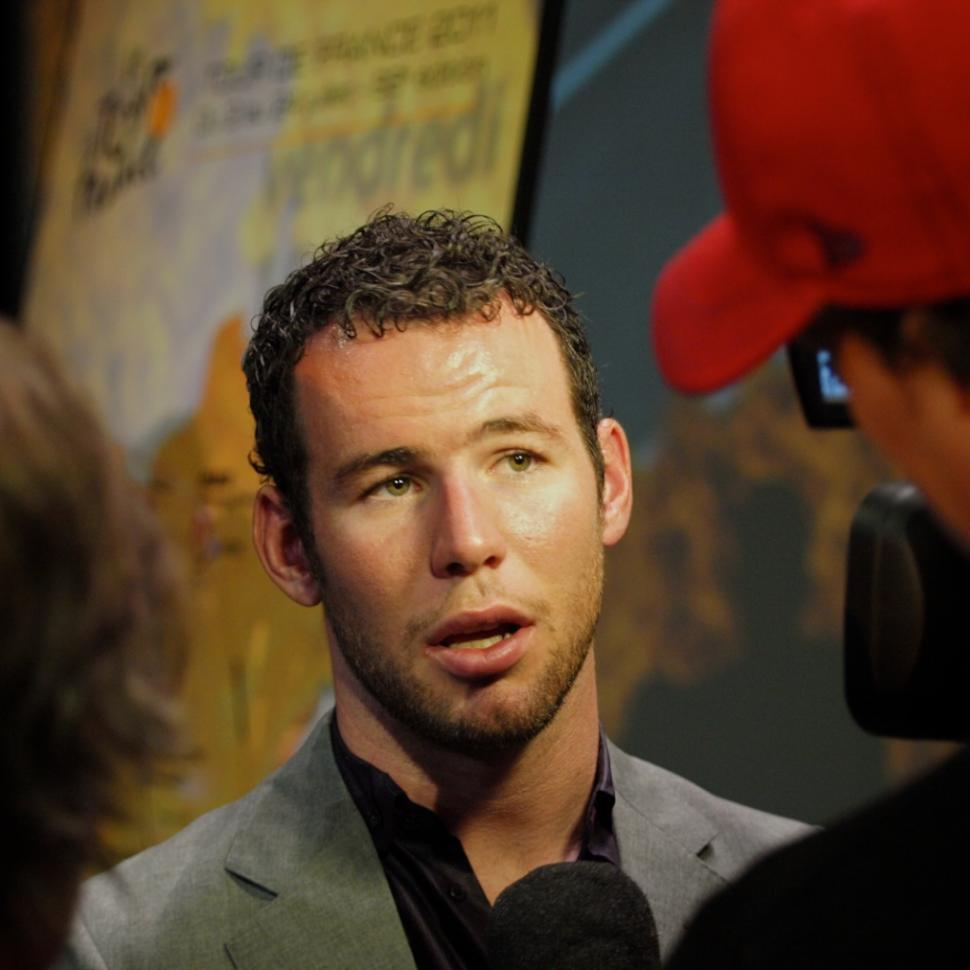 Mark Cavendish gives his thoughts on 2011 Tour de France route © Simon MacMichael