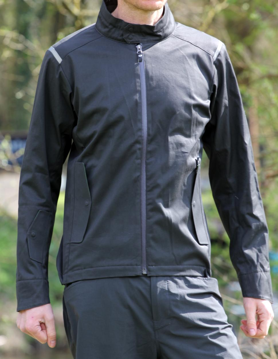 eb096f9e64b Review  Vulpine Cotton Rain jacket