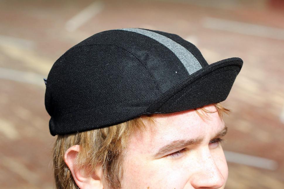 cd1173f4068 Review  Walz Caps Wool Cycling Cap