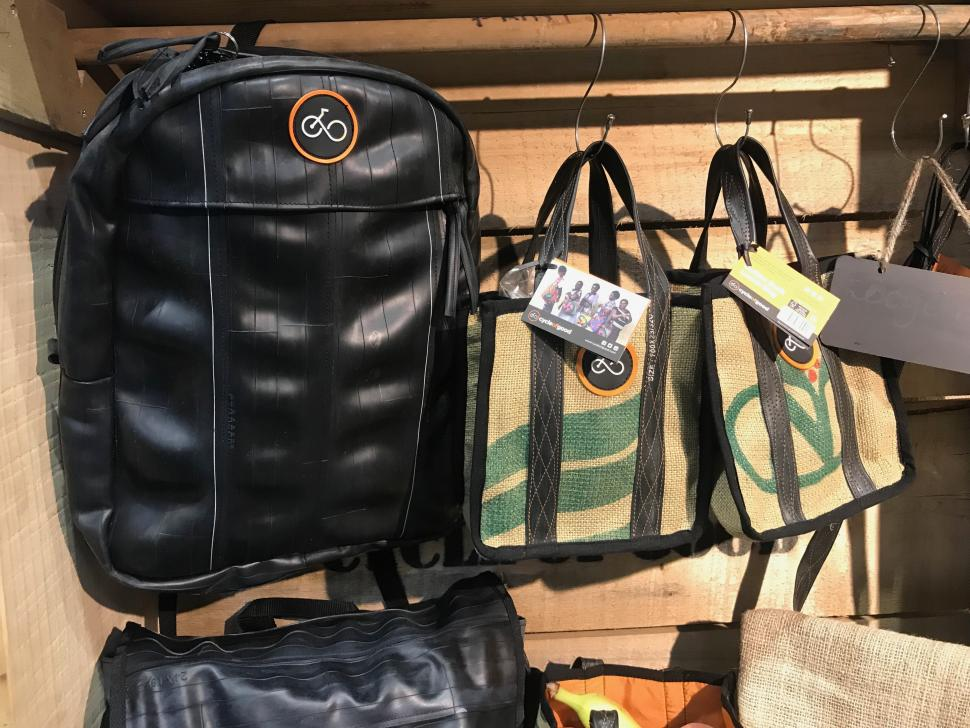 Cycle show 2019 inner tube bag