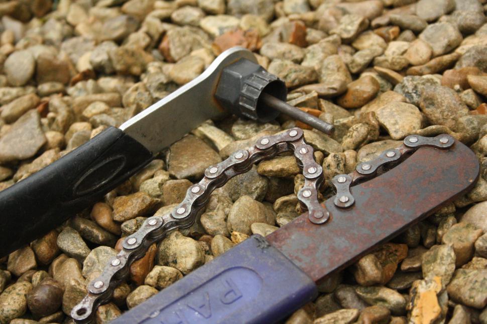 Chain whip and splined cassette tool.JPG