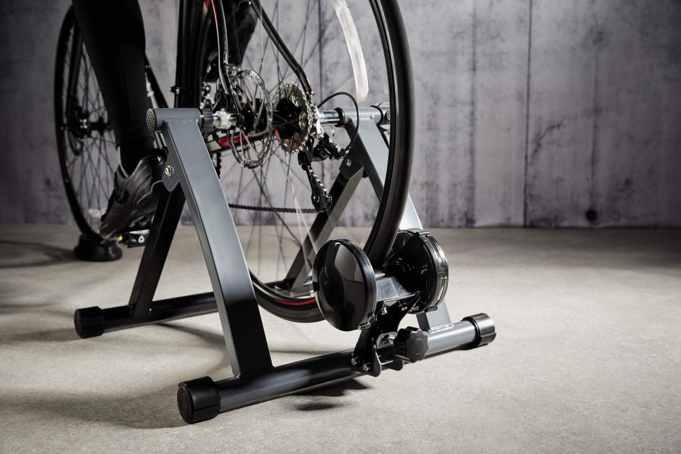 Indoor Bike Trainer (5)