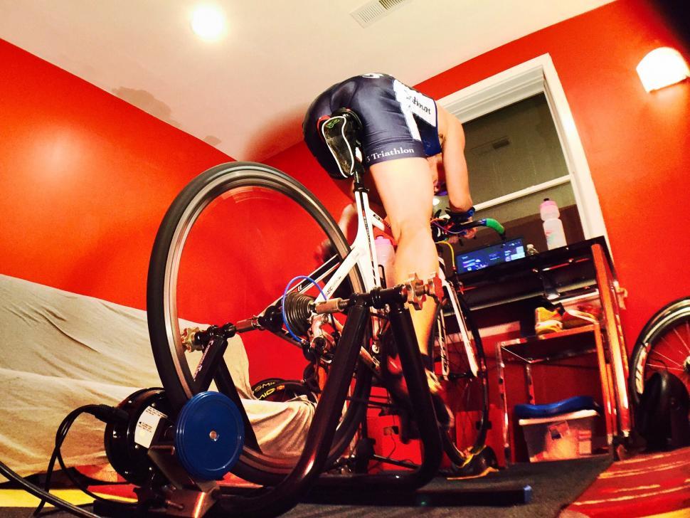 Indoor training (CC BY-NC 2.0 Reflex Blue|Flickr).jpg