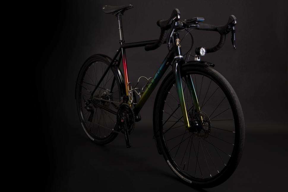 Isen All Season Road with Audax_Endurance 650B Build Kit - Oblique View.jpg