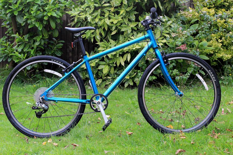 Islabikes Beinn 26 - full bike.jpg