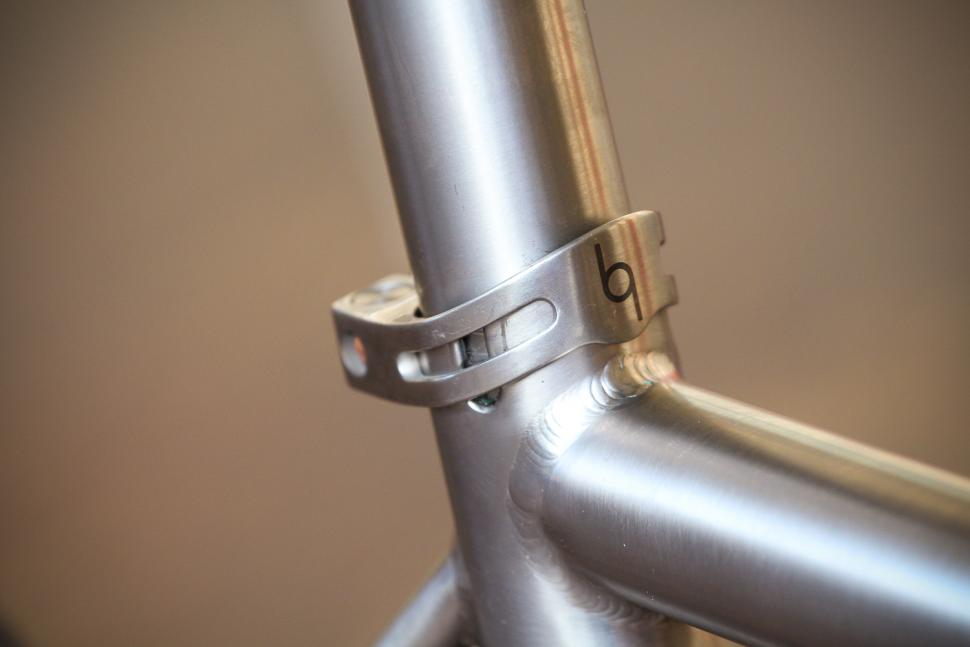 J Guillem Orient - seat post collar.jpg
